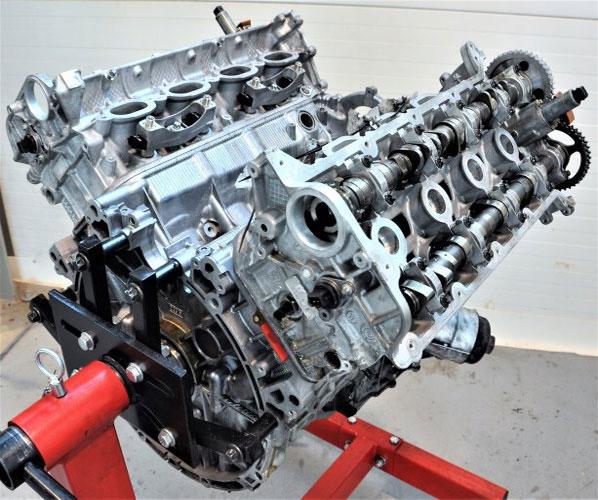 PORSCHE CAYENNE PANAMERA 3.3.64.8 MOTOR