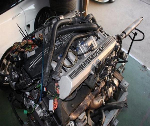 ROLLS-ROYCE PHANTOM N73B68 MOTOR MOTOR 6,75