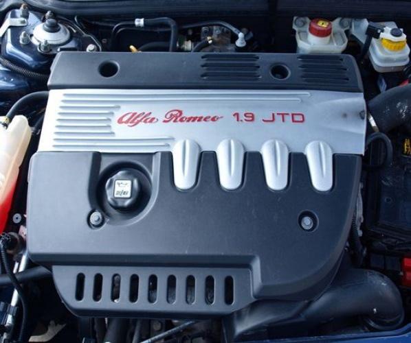 ALFA ROMEO LIFT 156 04R COLECTOR ESCAPE 1.9 JTD