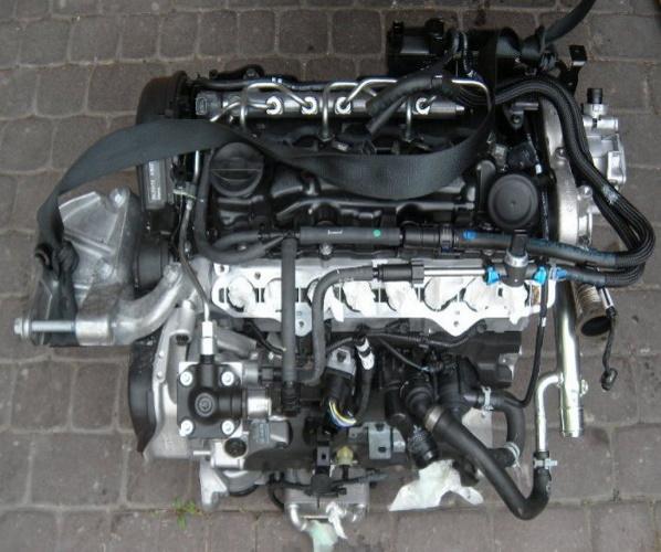 MOTOR D4204T8 VOLVO V40 V40CC XC40 NR.1697558
