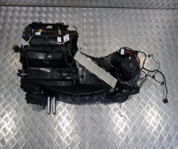 CALEFACIONA AUDI A5 8T 8T0820521