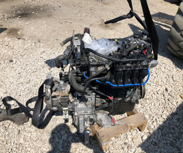 FIAT GRANDE PUNTO 1.4 77KM MOTOR