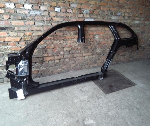 BMW 5 G31 CHASIS LATERAL IZQ. ALETA 41 00 7 437 433